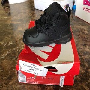 Nike Manoa LTH TXT